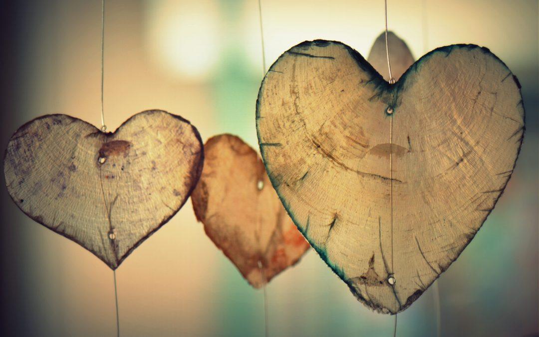 """Valentín – je stále """"in"""" darovať na sviatok lásky šperk?"""