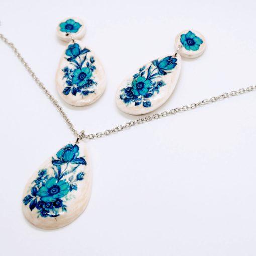 Súprava šperkov náušnice náhrdelník slza modré kvety
