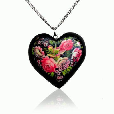 Drevený náhrdelník Srdce červené pivónie