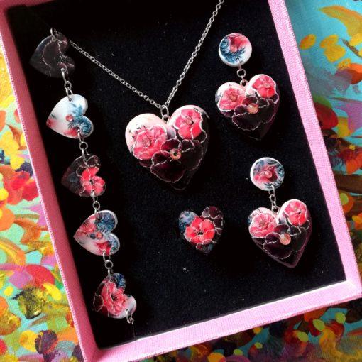 Drevené šperky Kvety Dália Srdce